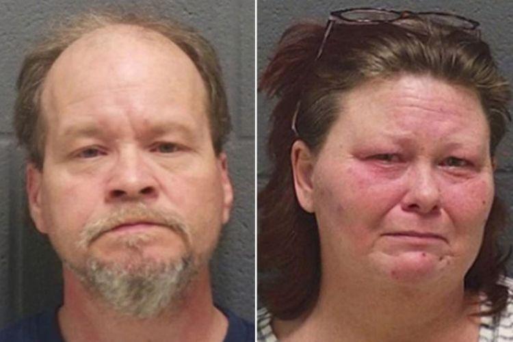 Pasangan yang ditangkap karena melakukan perbuatan tidak senonoh dengan anak kandung mereka, Keylin (kiri) dan Sheila Johnson.