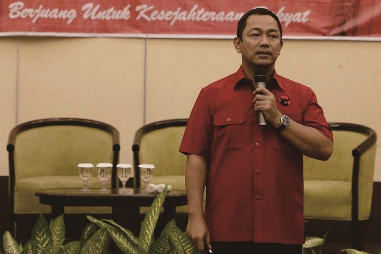 Ketua DPC PDI Perjuangan Kota Semarang Hendrar Prihadi optimistis akan mendapat tambahan 4 kursi dalam pemilu legislatif 2019 dengan sistem sainte lague.