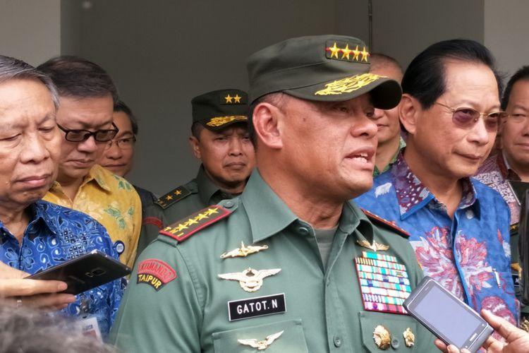 Panglima TNI Jenderal Gatot Nurmantyo saat ditemui di Markas Yonkav VII/Sersus, Cijantung, Jakarta Timur, Selasa (31/10/2017).