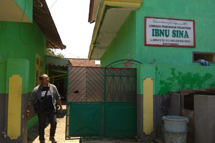 Pondok Pesantren Ibnu Sina di Kecamatan Genteng, tempat Suliono memondok selama enam bulan sebelum pindah ke Sulawesi.