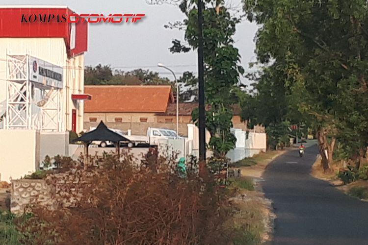 Penampakan sejumlah pikap putih di pabrik Esemka Boyolali