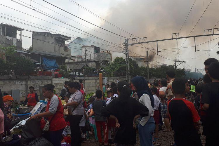 Kebakaran di kelurahan Tanah tinggi, Selasa (26/6/2018)