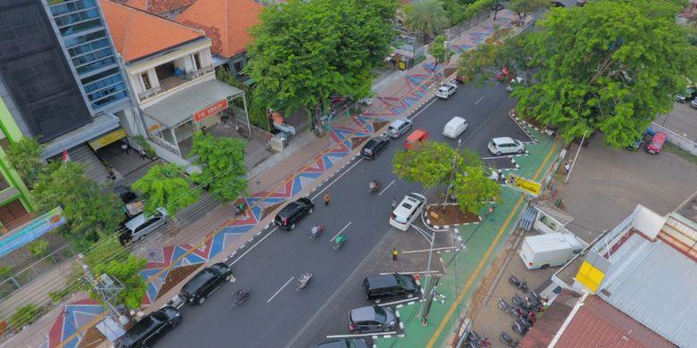 Jalur pedestrian dengan inovasi beton berpori di Kota Semarang