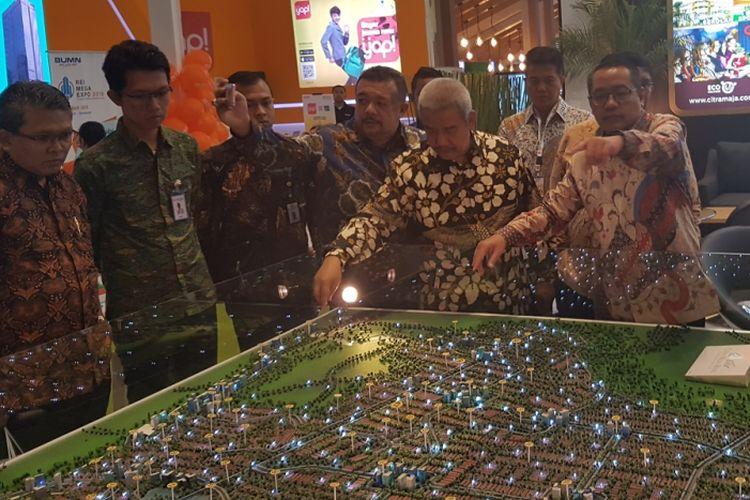 Pemerintah meminta dukungan seluruh pengembang perumahan untuk mewujudkan Program Satu Juta Rumah. Hal itu dinyatakan Ditjen Penyediaan Perumahan, Khalawi Abdul Hamid, saat pembukaan pameran REI Expo 2018 digelar di JI Expo Kemayoran 19 hingga 29 April 2018.