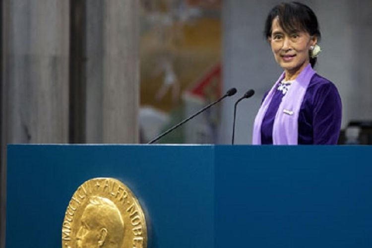 Aung San Suu Kyi menyampaikan Pidato Penerimaan Nobelnya di Oslo, Norwegia, Juni 2012.