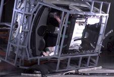 Pertama di Dunia, 'Airbag Sunroof'