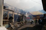 Kantor Bank NTT dan Kantor Bapedda Flores Timur Terbakar