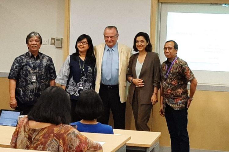Gary P Latham (tengah) dalam diskusi tentang Goal Setting Theory di kampus Universitas Binus, Jakarta, Kamis (27/6/2019).