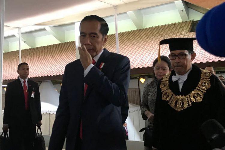 Presiden Joko Widodo saat menghadiri Dies Natalis ke-68 Universitas Indonesia, Depok, Jawa Barat, Jumat (2/2/2018).