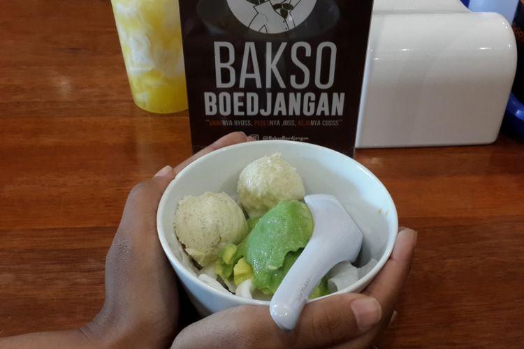 Menu minuman di Bakso Boedjangan yang ada di Kota Malang, Jumat (12/1/2018). Bakso yang berpusat di Bandung itu resmi masuk ke Kota Malang.