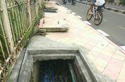 Kondisi Trotoar di Margonda Depok yang Ganggu Pejalan Kaki