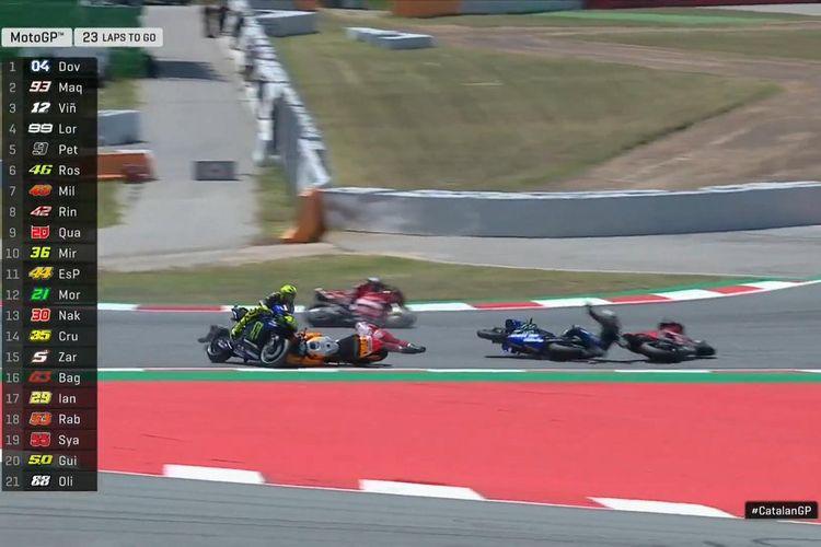 Penampilan Lorenzo yang agresif membawa sial pada Vinales, Dovi, dan Rossi.