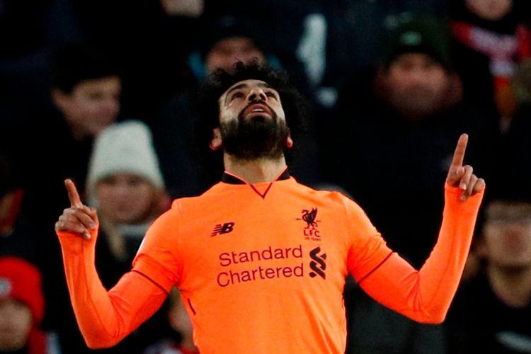 Pemain Liverpool FC, Mohamed Salah, merayakan gol yang dia cetak ke gawang Southampton dalam laga Liga Inggris di Stadion St. Marys, Southampton, pada 11 Februari 2018.