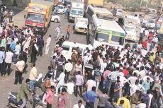 Tak Terima Saudaranya Meninggal di RS, Keluarga di India Blokade Jalan