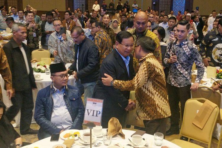 Pasangan capres-cawapres nomor urut 02 Prabowo Subianto-Sandiaga Uno menghadiri rapat konsolidasi juru kampanye nasional di Hotel Sultan, Jakarta, Jumat (15/3/2019) malam.
