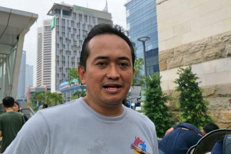 Corporate Secretary Division Head PT MRT Jakarta Muhamad Kamaludin mengatakan pembayaran satu kartu untuk MRT, LRT dan Transjakarta akan membuat tarif jadi lebih murah. Hal itu dikatakannya di Taman Dukuh Atas, Jakarta Pusat, Minggu (13/1/2019).
