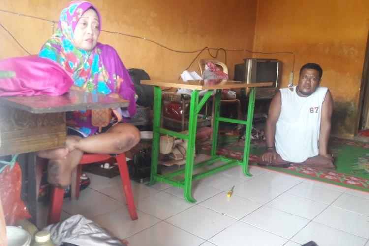 Pasangan suami isteri Difabel di Kabupaten Gowa, Sulawesi Selatan sukses membina rumah tangga dengan segala keterbatasan yang ada. Kamis, (14/2/2019).