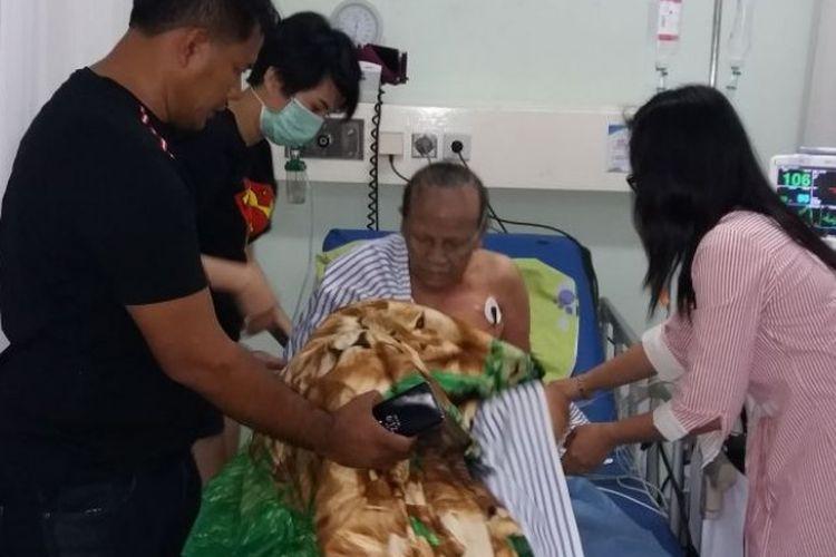 Rukiah (65) mengalami luka bakar akibat ledakan tabung gas mililnya pada Kamis (31/5/2018) di rumahnya kawasan Tambora, Jakarta Barat.