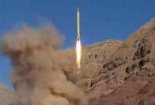 Iran Klaim Rudal Balistiknya Kini Mampu Capai Jarak 700 Kilometer
