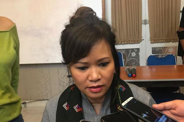 Direktur Program bersama PBB untuk penanganan AIDS (UNAIDS) untuk Indonesia, Tina Boonto, saat ditemui di Kantor LBH Masyarakat, Jakarta Selatan, Jumat (30/11/2018).