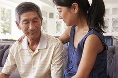 Jarang Menelepon Orangtua, Berdampak Buruk Pada Kesehatan Mereka