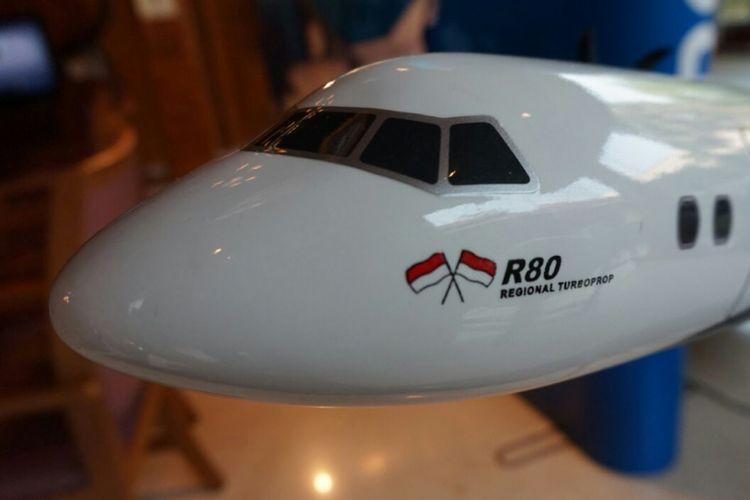 Miniatur pesawat R80