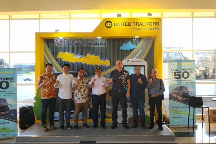 Kasubdit Angkutan Barang Kementerian Perhubungan RI menghadiri peresmian operasionalisasi perdana bus trans Jawa bersama sejumlah pimpinan perusahaan terkait di Terminal Pulogebang, Kamis (14/2/2019).