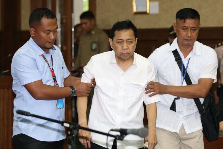 Terdakwa kasus korupsi e-KTP Setya Novanto di Pengadilan Tipikor, Jakarta, Rabu (13/12/2017).