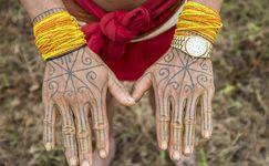 Mengenal Tato Mentawai, Seni Rajah Tertua di Dunia