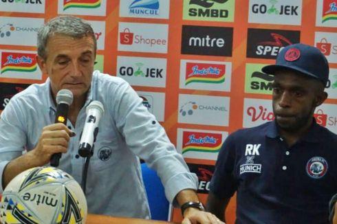 PSS Vs Arema FC, Tim Tamu Terganggu dengan Penghentian Pertandingan