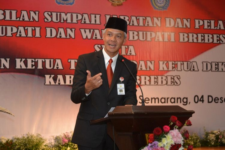 Gubernur Jateng Ganjar Pranowo memberikan sambutan dalam acara pelantikan Bupati Brebes, belum lama ini. Ganjar akan menemui presiden untuk memperjuangkan nasib ribuan GTT di Provinsi Jateng.