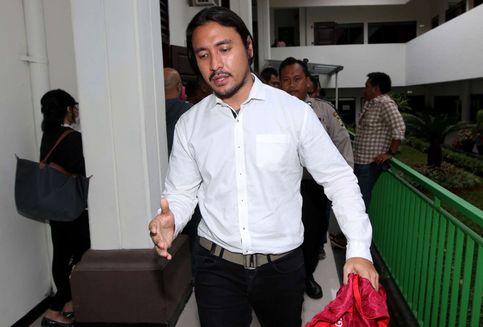 Jalani Rehabilitasi Rawat Inap, Ello Tetap Manggung