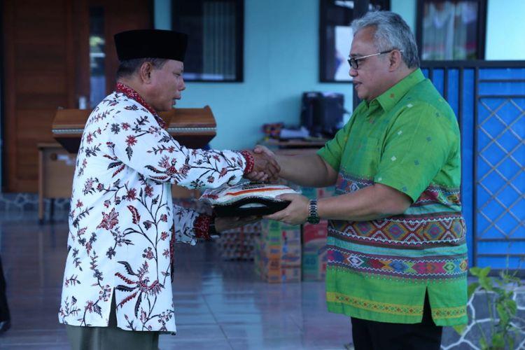 Kementerian Ketenagakerjaan mengerahkan Mobil Training Unit (MTU), mobil Unit Reaksi Cepat (URC) Pengawas Ketenagakerjaan, serta kendaraan-kendaraan dinas untuk mempercepat penyaluran sumbangan bantuan untuk korban gempa di Lombok, NTB, Kamis (15/8/2018)