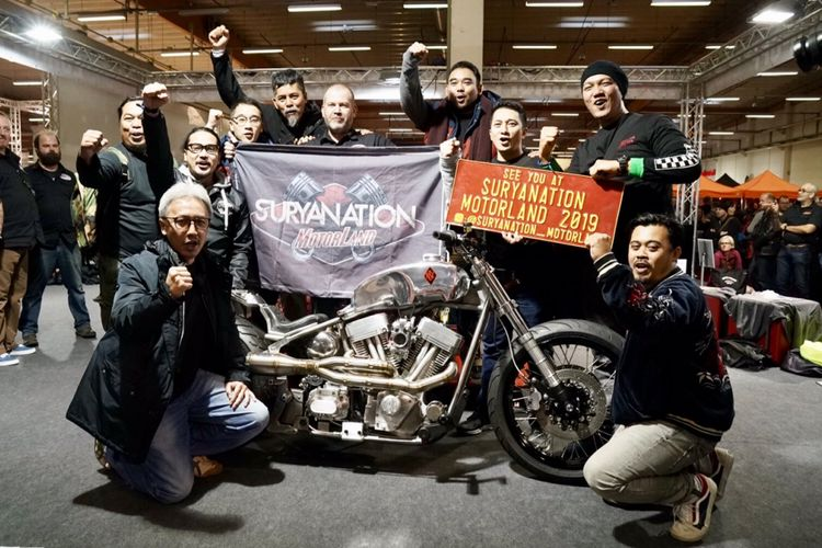 Tim Suryanation Motorland di Custombike Show, Jerman