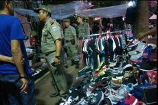Sandiaga Akan Carikan Lokasi Sementara untuk PKL di Trotoar Sudirman