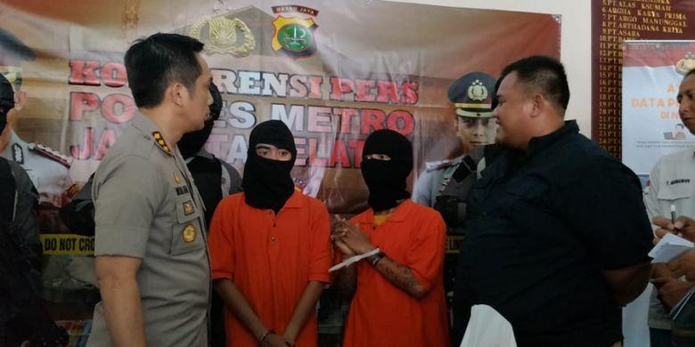 Kapolres Metro Jakarta Selatan Kombes Indra Jafar saat merilis kasus pembegalan di wilayah Jakarta Selatan di Mapolres Metro Jakarta Selatan, Kamis (5/7/2018).