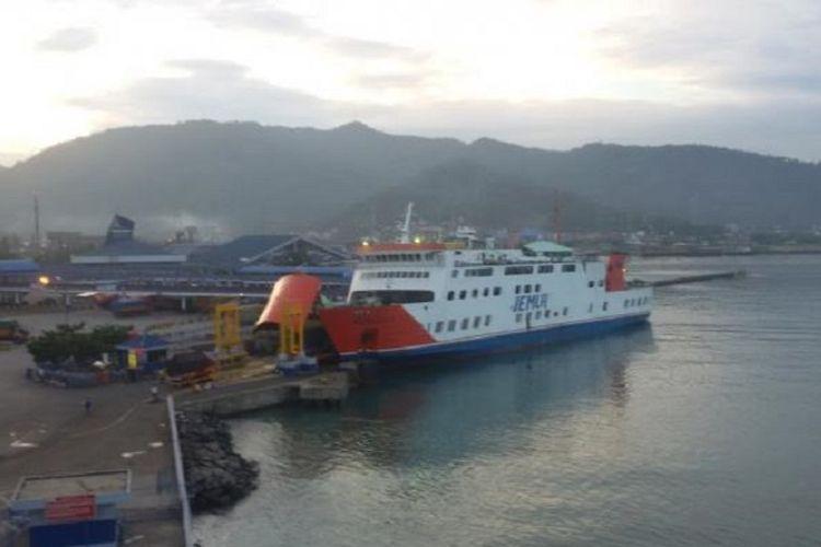 Pelabuhan Panjang, Lampung.