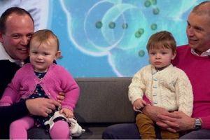 Alexandra dan Calder, Bayi Kembar dengan Ayah yang Berbeda