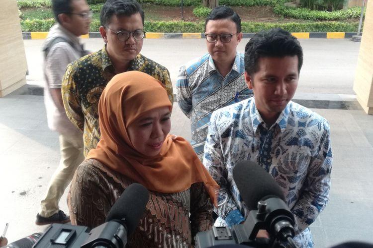 Pasangan calon Gubernur dan Wakil Gubernur Jawa Timur terpilih Khofifah Indar Parawansa dan Emil Dardak menyambangi Kantor DPP Partai Golkar, Jakarta, Kamis (12/7/2018).