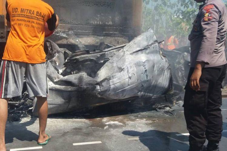 Kecelakaan maut terjadi di perlintasan kereta api tanpa palang pintu di Dusun Jetis, Desa Katong, Kecamatan Toroh, Kabupaten Grobogan, Jawa Tengah, Sabtu (20/5/2017) pagi sekitar pukul 10.40 WIB.