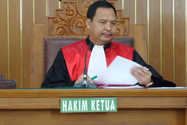 Hakim tunggal Kusno memimpin sidang praperadilan yang diajukan Ketua nonaktif DPR RI Setya Novanto di Pengadilan Negeri Jakarta Selatan, Kamis (7/12/2017).