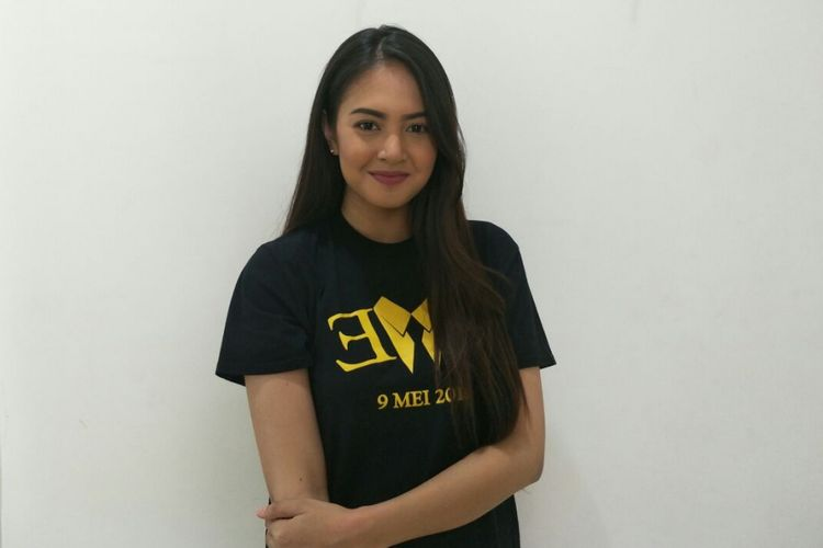 Aurelie Moeremans berkunjung ke kantor Kompas.com di Gedung Kompas Gramedia, Jalan Palmerah Barat, Jakarta Barat, Senin 916/4/2018).