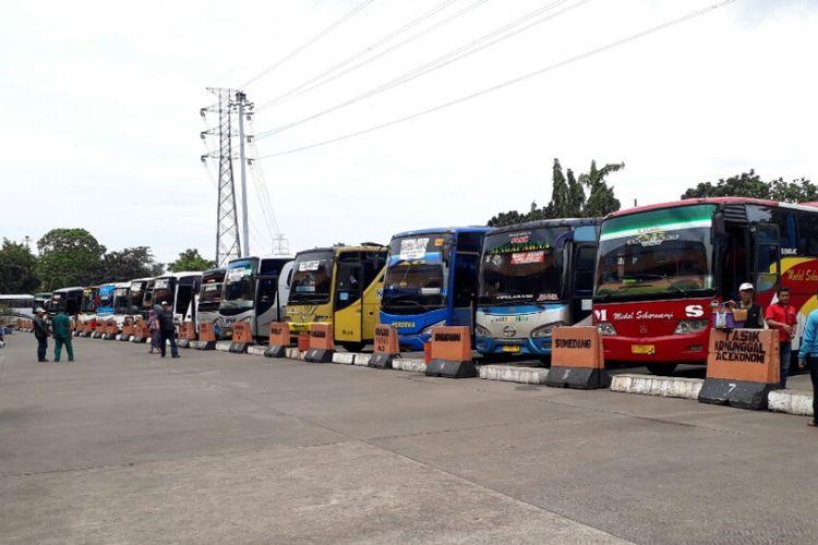 Terminal Bus Kampung Rambutan di Jakarta Timur. Senin (20/3/2017).