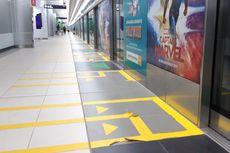 Prihatin Lihat Stiker Line MRT Jakarta yang Terkelupas, Penumpang Beri Usul