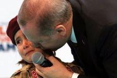 Dorong Bocah Perempuan ke Medan Perang, Erdogan Dikecam