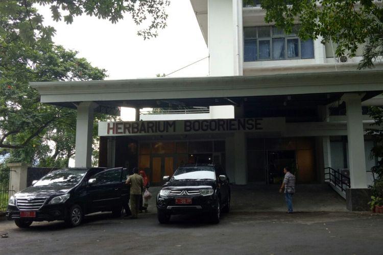 Museum Nasional Sejarah Alam Indonesia (Munasein), yang dahulunya merupakan tempat labolatorium tanag, atau dinamakan Herbarium Bogoriense.
