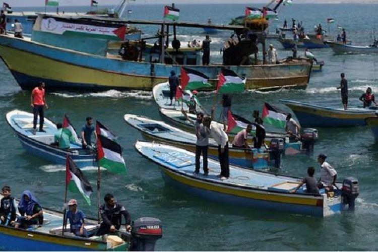 Belasan perahu ini berangkat dari pelabuhan Gaza untuk mencoba menembus blokade militer Israel, Selasa (29/5/2018).