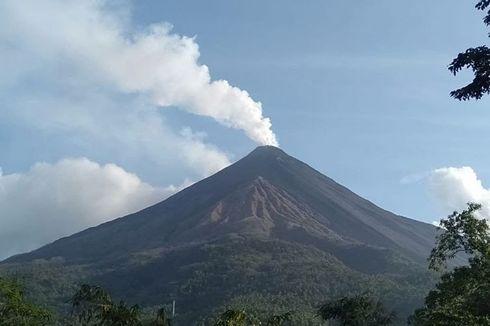 4 Fakta Baru Erupsi Gunung Karangetang, Sinar Api dari Kawah hingga Warga Belum Mengungsi