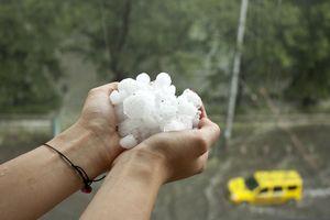 Fenomena Hujan Es di Depok, Ini Kata BMKG