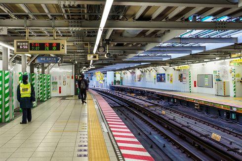Perempuan Lari Sambil Telanjang Kejutkan Pengunjung Stasiun Shibuya